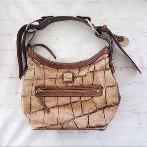 [Dooney & Bourke] croc leather shoulder bag